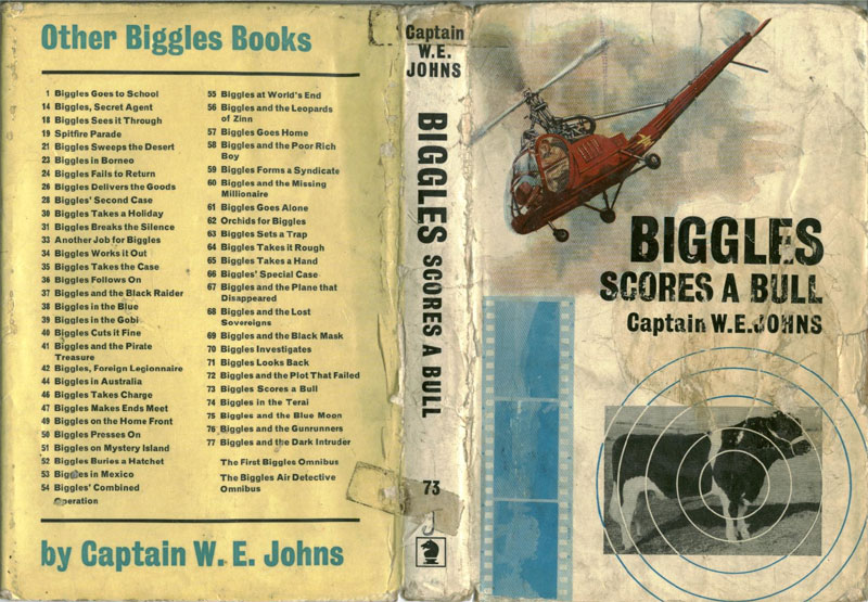 Biggles Scores a Bull - Dust jacket of 85-02