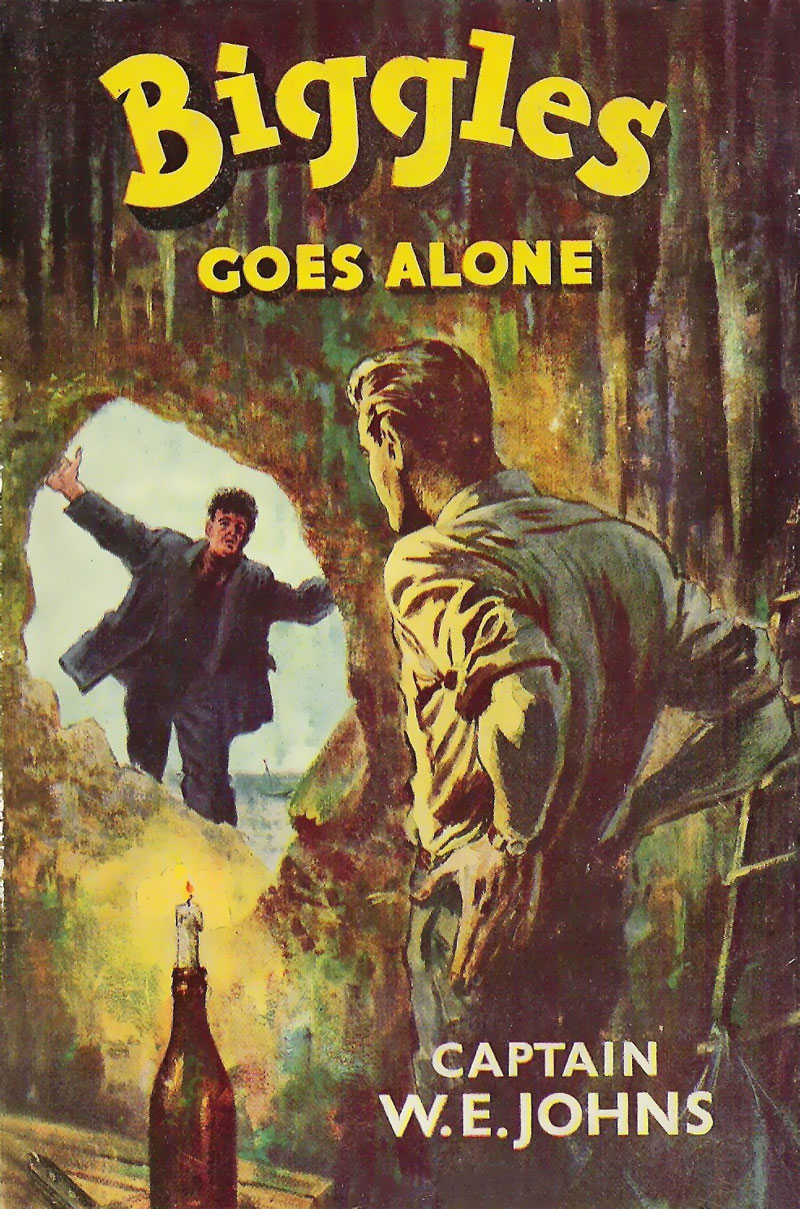 Biggles Goes Alone - Cover of 71-01